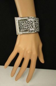 Other Women Silver Metal Hand Cuff Bracelet Fashion Jewelry Sparkling Leopard