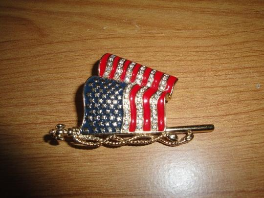 MONET Monet American Flag Pin Brooch Fourth of July Patriotic Jewelry
