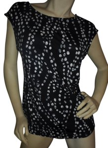 Ivanka Trump Pullover Cinched Waist Sleeveless Dots No Iron Top Black & Ivory