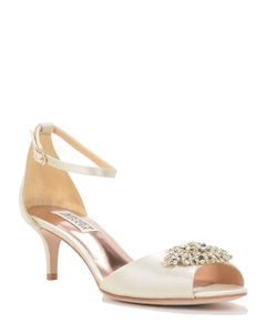 Badgley Mischka Bride Acute Dress Sandal Wedding Shoes