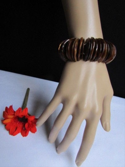 Other Women Wide Brown Rings Stones Beads Trendy Fashion Elastic Design Bracelet