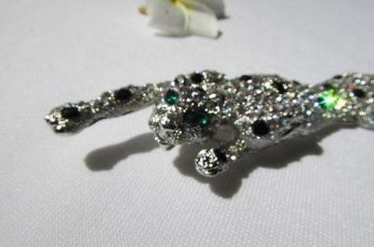 Other Women Silver Side Shoulder Pin Broach Tiger Body