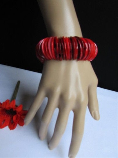 Other Women 1.25 Wide Hot Red Stone Beads Trendy Fashion Elastic Bracelet
