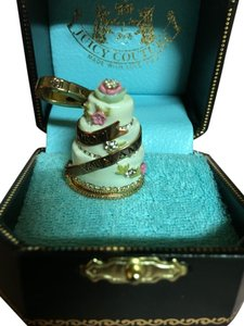 Juicy Couture NEW! JUICY COUTURE RARE 2005 GORGEOUS WEDDING CAKE LOCKET CHARM!