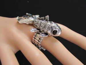 Other Women Silver Metal Fish Big Eyes Trendy Fashion Ring Elastic Band
