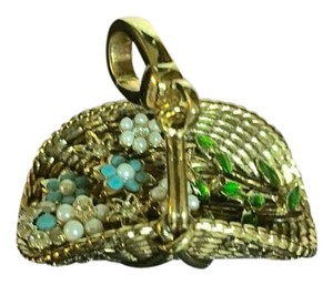 Juicy Couture NEW! JUICY COUTURE 2005 GOLD BASKET OF BLUE PEARL FLOWERS CHARM!