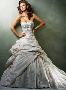 Maggie Sottero Sabelle Wedding Dress