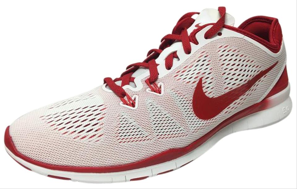big sale 7dc1a 6b2b7 Nike White/Red/ Wmns Free 5.0 Tr Fit Sneakers Size US 7 Regular (M, B)