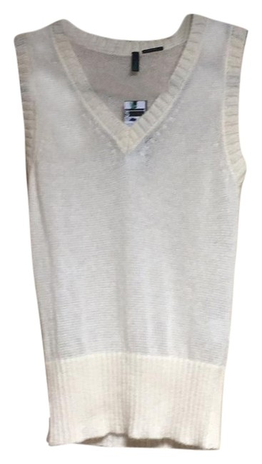 Item - Cream Sweater