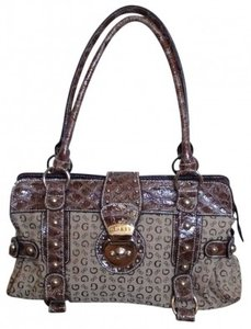 Guess Satchel in Brown