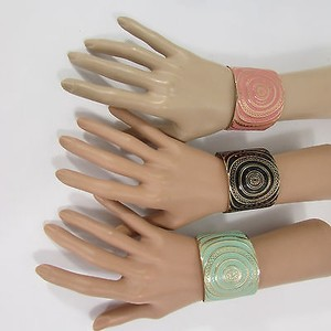 Other Women Fashion Jewelry Gold Metal Cuff Bracelet Circles Black White Pink Blue
