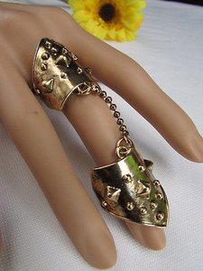 Other Women Rusty Gold Metal Conneced Chain Trendy Fashion Fingers Ring -