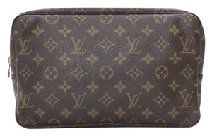 Louis Vuitton Louis Vuitton Trousse Toilette 28 Monogram Cosmetic Bag Pouch