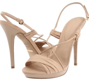 Burberry Nude Pumps