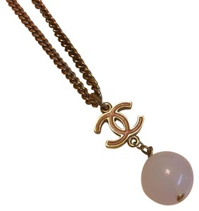 Chanel Gold-tone Chanel pink CC and Ivory ball necklace