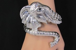 Other Women Wide Shiny Silver Metal Cuff Big Elephant Head Adjustable Bracelet