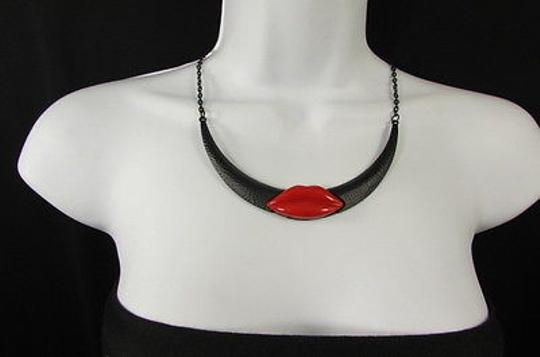 Other Women Black Metal Chains Fashion Necklace Big Red Lips Kiss Hot Gift