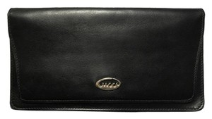 Gucci Rare Vintage Black Leather Wallet w/Oval Emblem