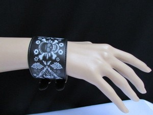 Women White Skull Black Bracelet Faux Leather Fashion Motorcycle Punk Rock Style