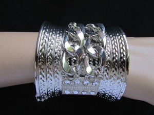 Women 2.5 Wide Silver Metal Chains Cuff Fashion Bracelet Side Rhinestones