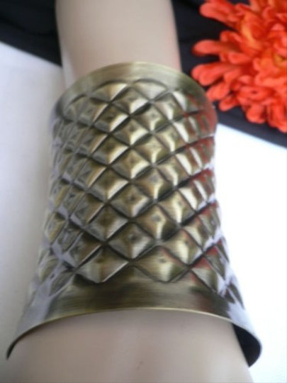 Other Unique Women Metal Cuff Wide Bracelet Antique Gold Moroccan Style Grecian Design