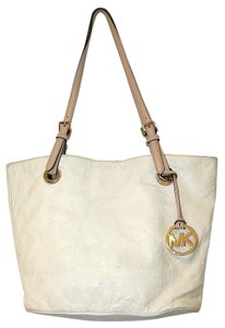 Michael Kors Womens Leather White Shoulder Bag