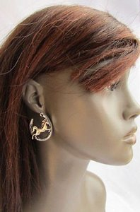 Women Silver Metal Horseshoes Horse Western Cowgirl Fashion Hook Dangle Earrings
