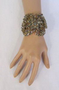 Other Women Gold Metal Fashion Cuff Bracelet Jewelry Gray Rhinestones Big Flowers