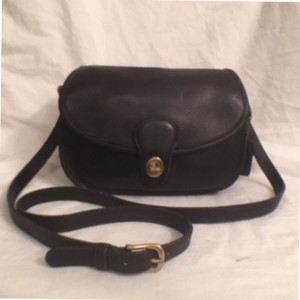 Coach Rare Vintage Leather Cross Body Bag
