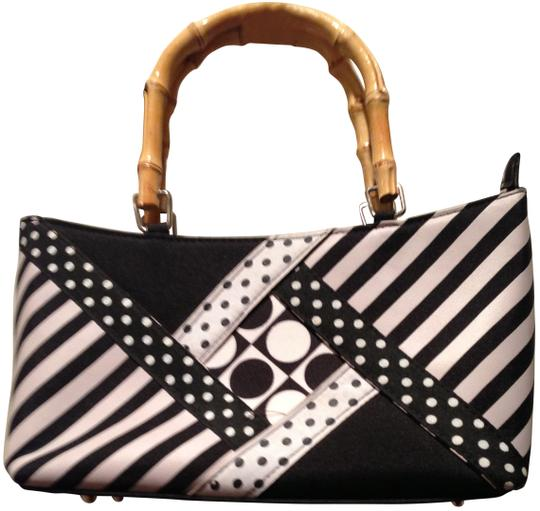 Preload https://item2.tradesy.com/images/black-and-white-satchel-192881-0-0.jpg?width=440&height=440