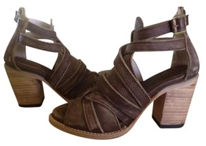 FreeBird By Steven Sandal/booties Back Zip Claw Brown Distressed Sandals