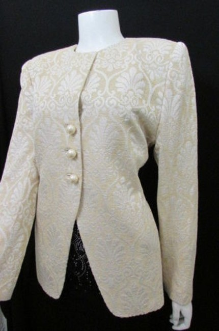Item - Ivory Vintage Women Classic Long Quilted Beige Jacket Size 8-m