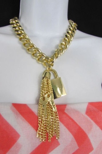 Other Women Gold Chunky Metal Chain Necklace Luck Keys Fringes Pendant