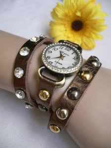Women Bracelet Casual Quartz Watch Gold Bronze Big Rhinestone Round Studs