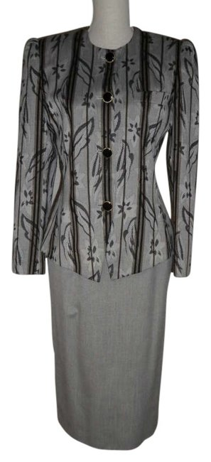Preload https://item1.tradesy.com/images/jacqueline-ferrar-grey-light-with-blacktaupe-accent-skirt-suit-size-4-s-192895-0-0.jpg?width=400&height=650