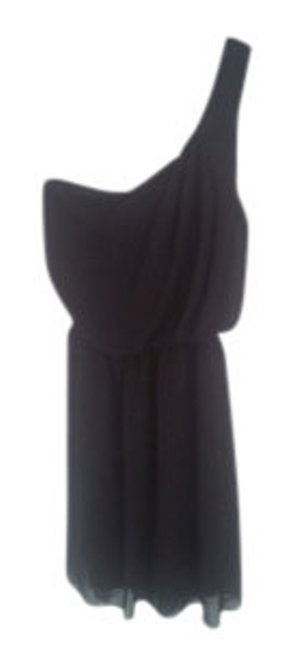 Preload https://item2.tradesy.com/images/black-one-shoulder-chiffon-above-knee-cocktail-dress-size-0-xs-19291-0-0.jpg?width=400&height=650