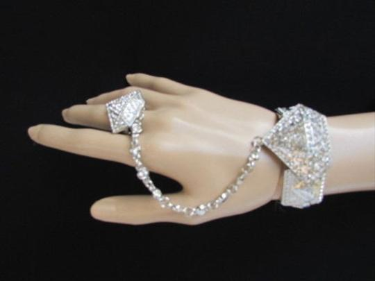 Other Women Silver Metal Hand Chain Diamond Shaped Rhinestones Slave Bracelet Ring