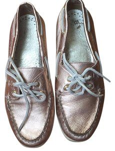 Sperry Metalic rose gold Flats