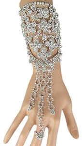 Other N Women Silver Rhinestones Slave Ring Fashion Bracelet Flowers Metal Hand Chains