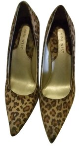 Nine West Leopard print Pumps
