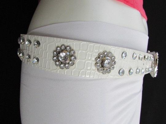 Other Women Faux Leather Western White Belt Flowers Silver Beads Buckle 32-37