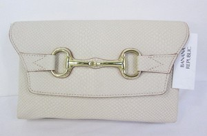 Banana Republic Women Fashion Faux Leather Off White Cream Clutch