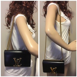 Louis Vuitton Double Chain Shoulder Bag