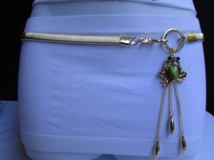 Other Women Thin Gold Metal Elastic Fashion Belt Big Green Frog Bead