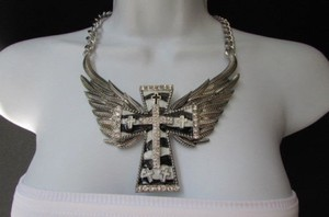 Other Women Silver Fashion Necklace Big Wings Heart Cross Clear Rhinestones Zebra