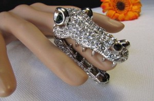 Other Women Fashion Silver Metal Ring Finger Tip Rhinestones Alligator Head Mouth