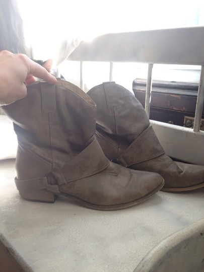 Forever 21 Beige, Tan Boots