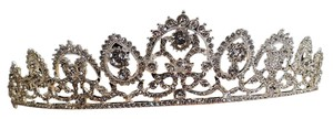 Gorgeous Silver Plated Austrain Crystal Bridal Tiara T-020