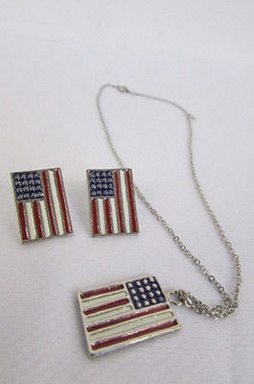 Other Women Silver USA Flag Pendant Fashion Necklace Earrings Set