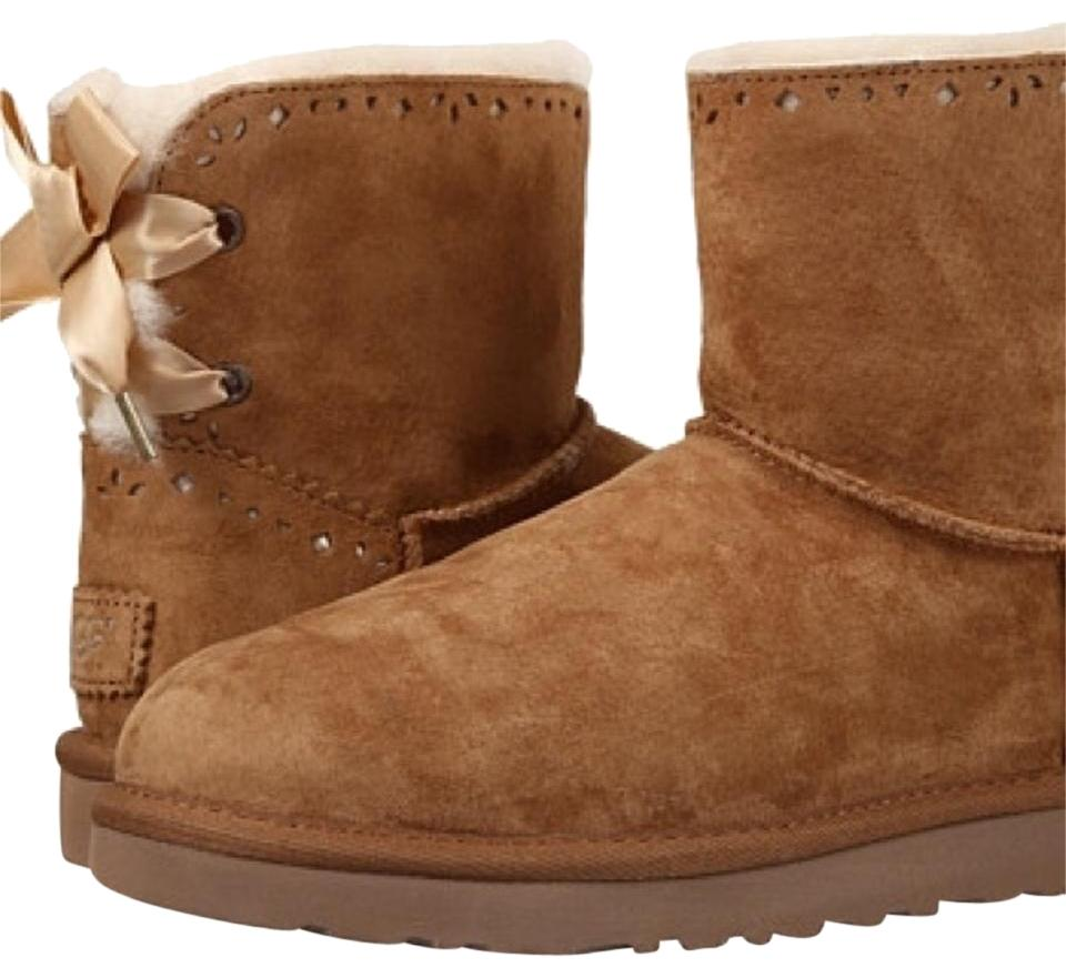 67fa5ffb6e4 UGG Australia Chestnut Dixie Flora Boots/Booties Size US 5 Regular (M, B)  13% off retail